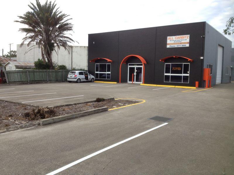 Wheelstops car-bay lines